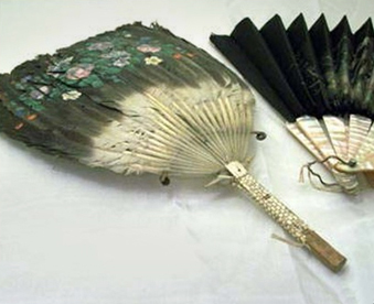 Hand Painted Fans Feather, wood & mother of pearl, silk.